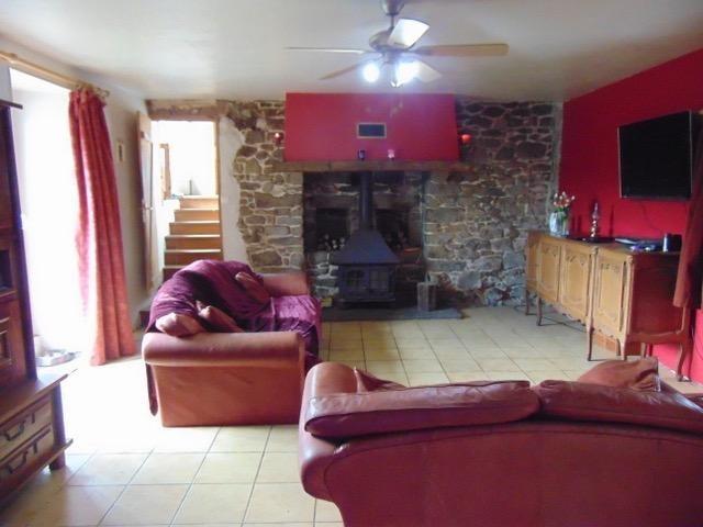 Sale house / villa Saint nicolas du pelem 170250€ - Picture 2