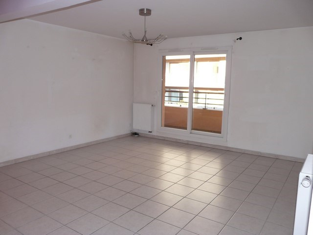 Vente appartement Saint-etienne 120 000€ - Photo 2