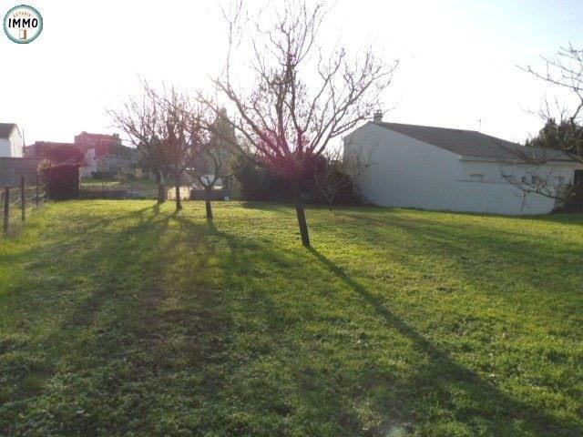 Sale site Saint-fort-sur-gironde 28000€ - Picture 3