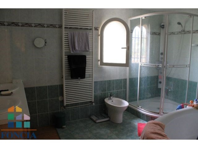 Deluxe sale house / villa Reyrieux 595000€ - Picture 9