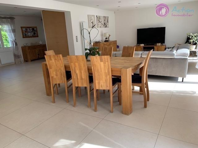 Sale house / villa Lesigny 570000€ - Picture 5