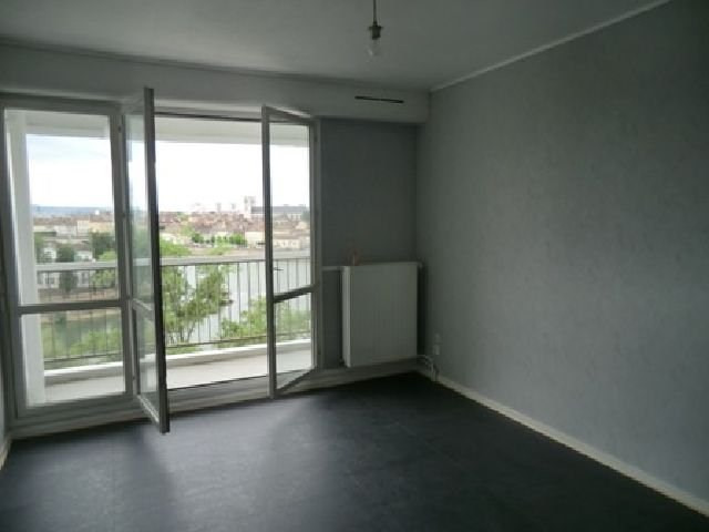 Location appartement Chalon sur saone 430€ CC - Photo 3