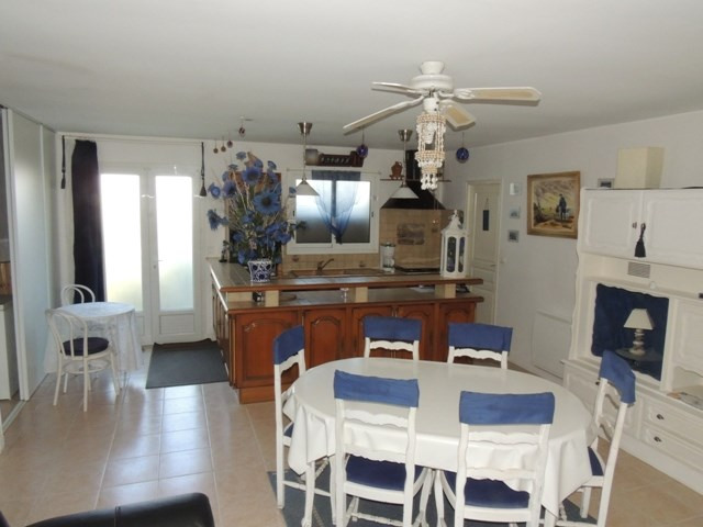 Vacation rental house / villa Vaux sur mer 390€ - Picture 3