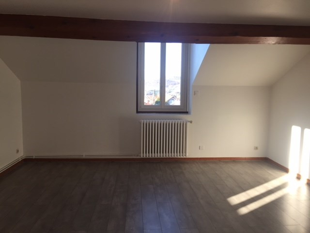 Location appartement Roche-la-moliere 435€ CC - Photo 2