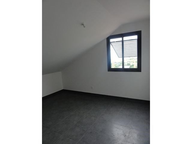 Location appartement St denis 779€ CC - Photo 4