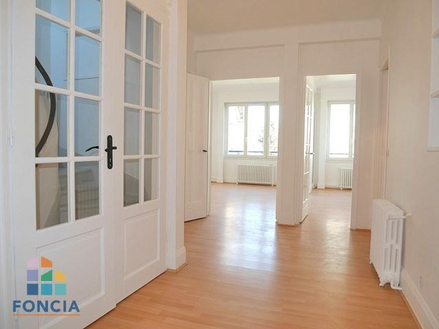 Location maison / villa Suresnes 2 500€ CC - Photo 6