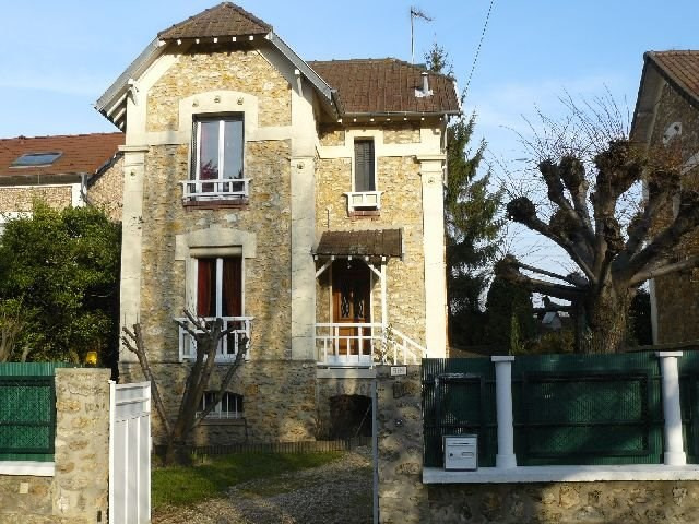 Location maison / villa Villennes sur seine 1 350€ CC - Photo 1