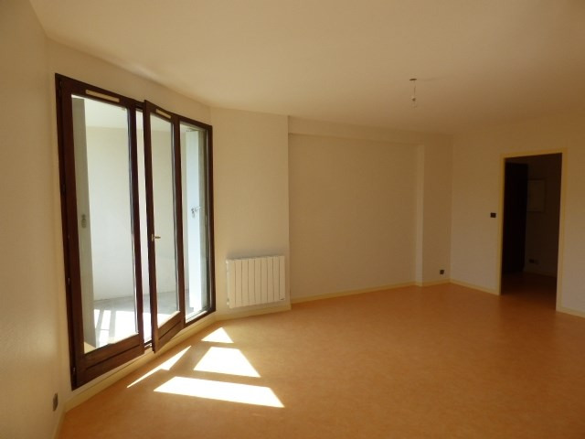 Rental apartment Chambery 720€ CC - Picture 8