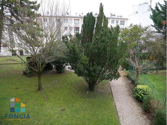 Location appartement Suresnes 1 400€ CC - Photo 2