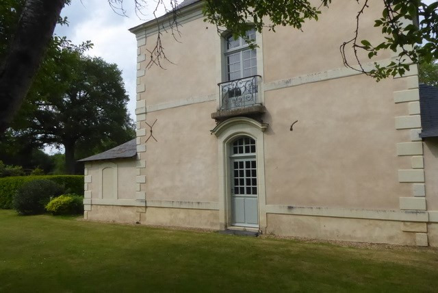Deluxe sale house / villa Angers 685 000€ - Picture 1