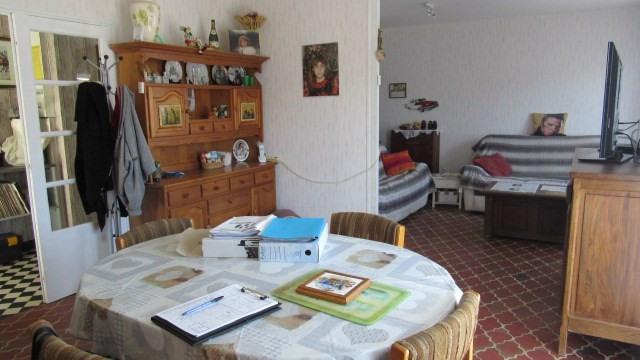 Sale house / villa Saint-jean-d'angély 148500€ - Picture 7