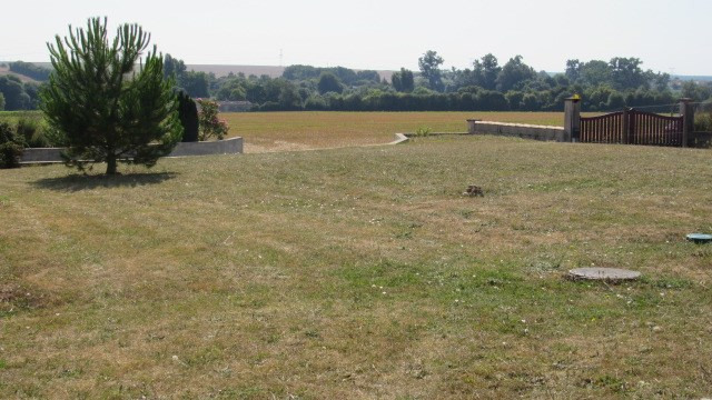 Sale house / villa Saint-denis-du-pin 148500€ - Picture 6
