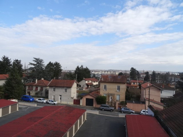 Location appartement Villefranche sur saone 651,84€ CC - Photo 6