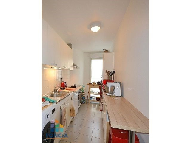 Rental apartment Suresnes 2 047€ CC - Picture 4