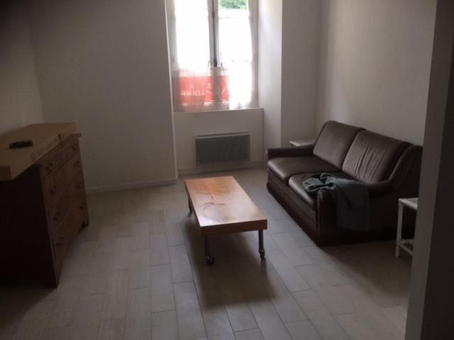 Rental apartment Senlis 520€ CC - Picture 1
