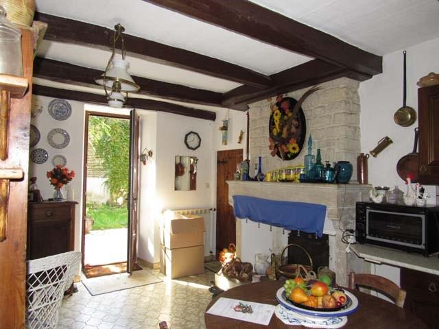Vente maison / villa Saint-georges-de-longuepierre 138000€ - Photo 3