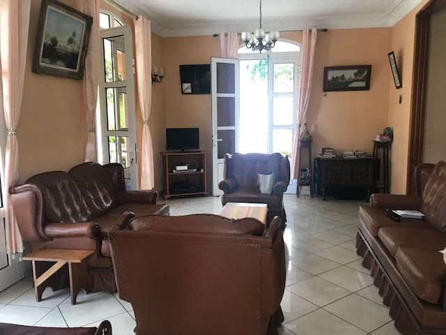 Vente maison / villa Gourbeyre 499 000€ - Photo 4