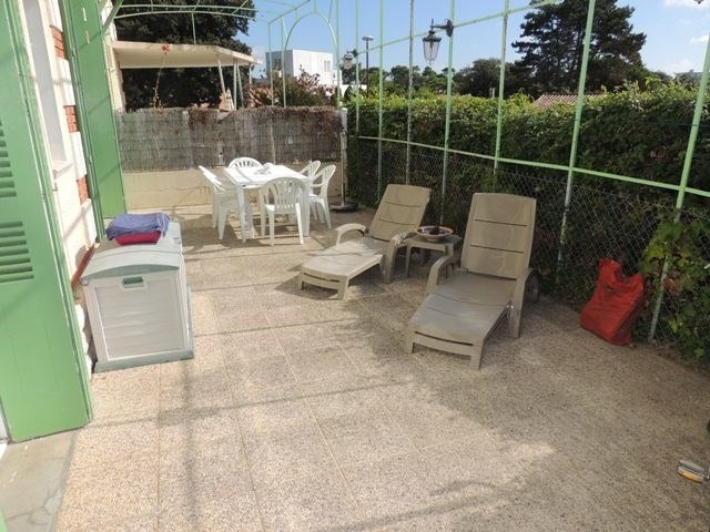 Vacation rental apartment Saint palais sur mer 390€ - Picture 3