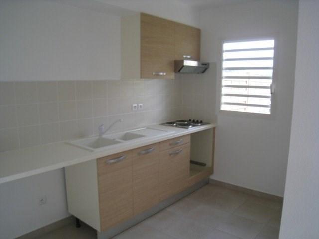 Rental apartment Saint claude 813€ CC - Picture 2