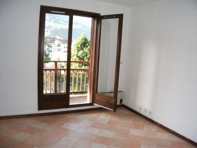 Location appartement Sallanches 424€ CC - Photo 3