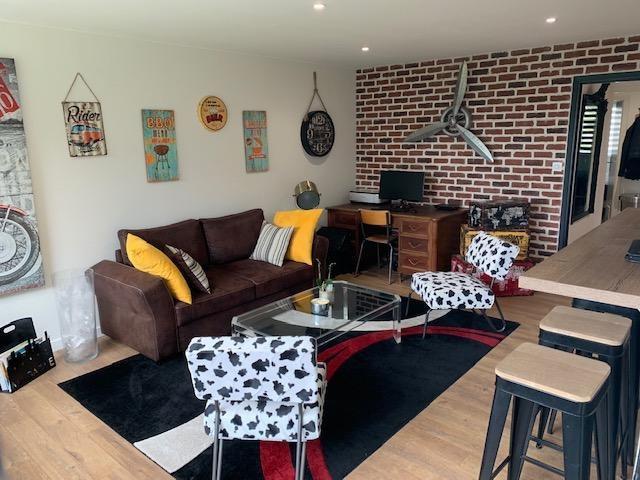 Sale apartment Chateau d'olonne 334000€ - Picture 2