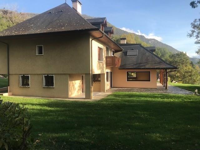 Location maison / villa Challes les eaux 2100€ CC - Photo 4