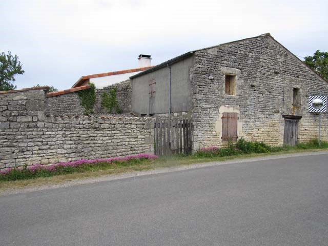 Vente maison / villa Loulay 64 500€ - Photo 8