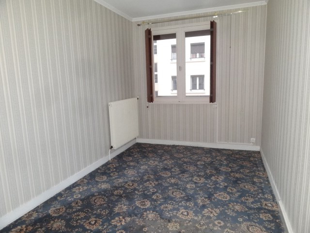 Sale apartment Montargis 112350€ - Picture 5