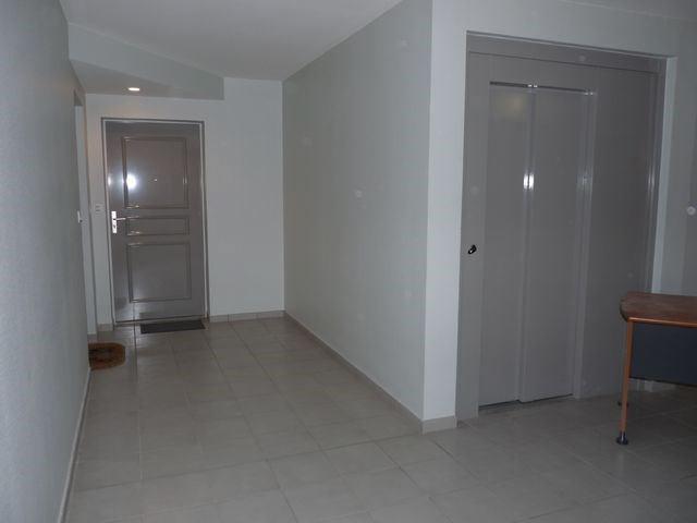 Rental apartment Saint-etienne 888€ CC - Picture 8