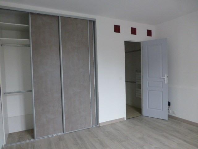 Location appartement Bréval 640€ CC - Photo 4