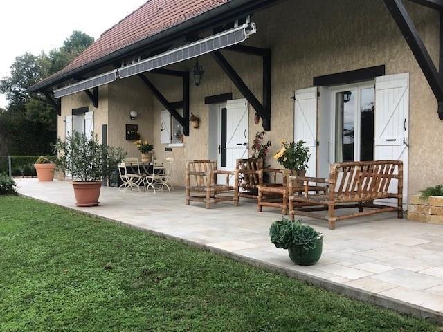Sale house / villa La tour du pin 320000€ - Picture 2