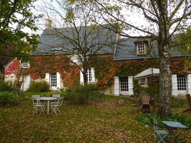 Deluxe sale house / villa Baugé 277000€ - Picture 2