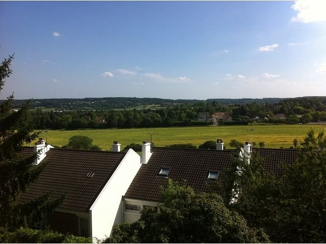 Rental apartment Villennes sur seine 1 350€ CC - Picture 1