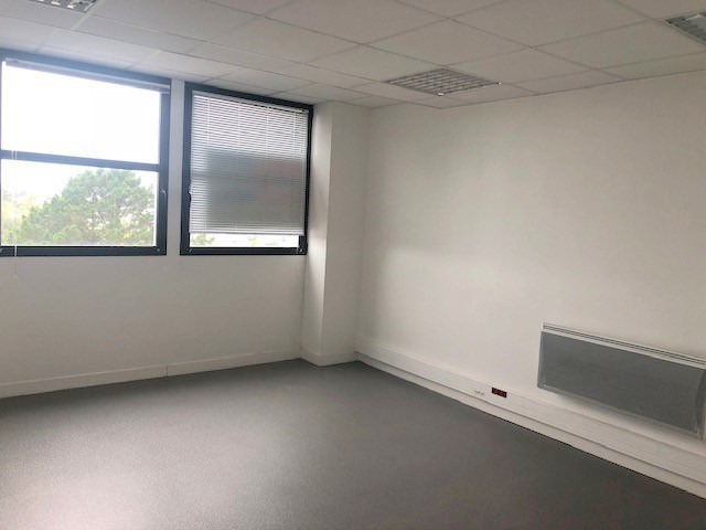 Vente bureau Brest 289 600€ - Photo 2