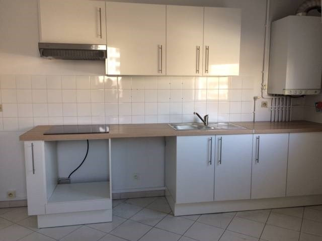 Location appartement Les angles 520€ CC - Photo 2