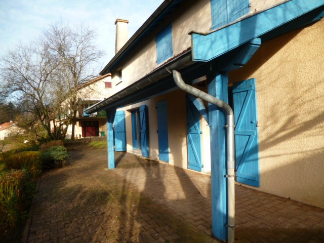 Location maison / villa Bourg de thizy 765€ CC - Photo 1