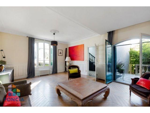 Deluxe sale house / villa Suresnes 1210000€ - Picture 1