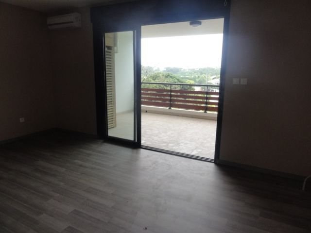 Location appartement Ste clotilde 425€ CC - Photo 3