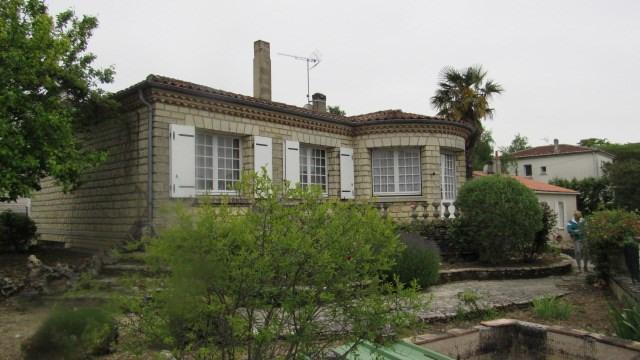 Vente maison / villa Saint-jean-d'angély 153750€ - Photo 1