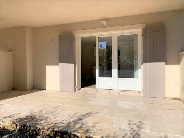 Location appartement Cabries 850€ CC - Photo 5