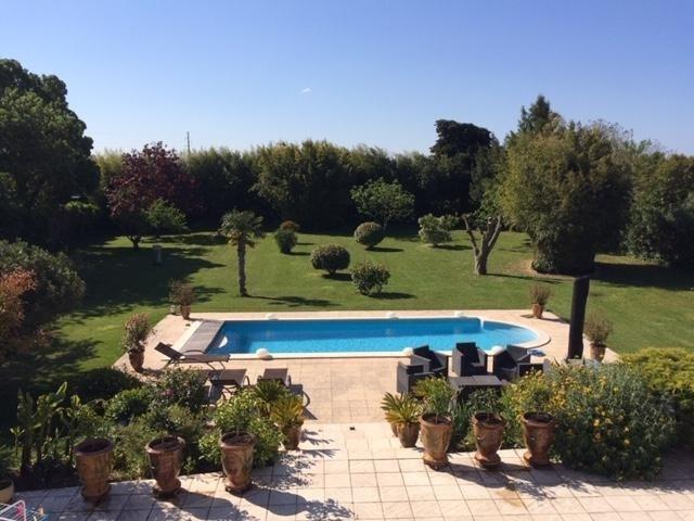 Verkauf von luxusobjekt haus Le cailar 568000€ - Fotografie 2