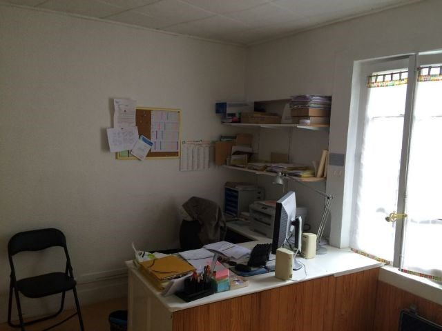 Location local commercial Firminy 192€ CC - Photo 1