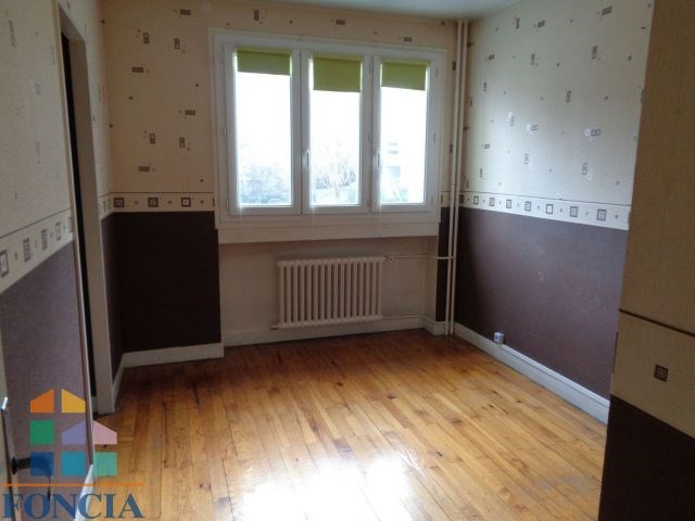 Location appartement Saint-étienne 440€ CC - Photo 3
