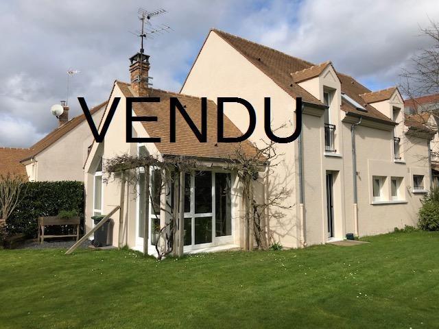 Sale house / villa Noisy-le-roi 795000€ - Picture 1