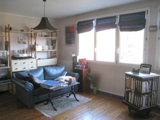 Sale apartment Bougival 232000€ - Picture 2