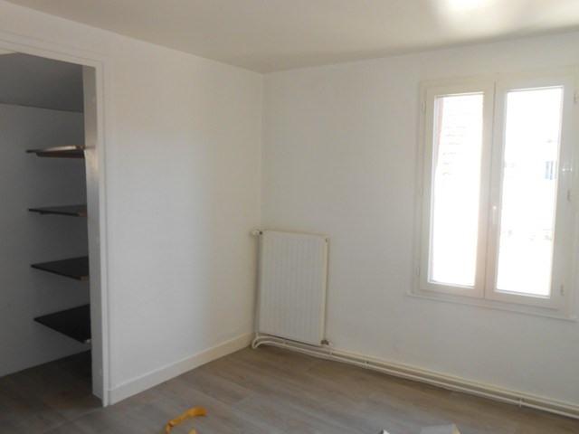 Rental apartment Montrond-les-bains 455€ CC - Picture 5