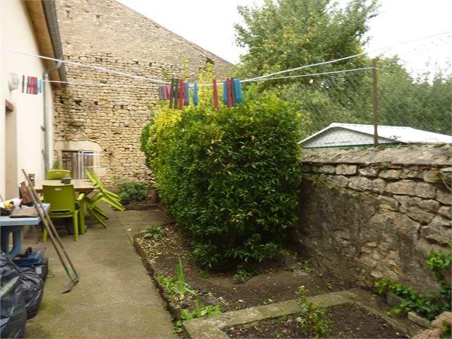 Location maison / villa Avrainville 750€ CC - Photo 11
