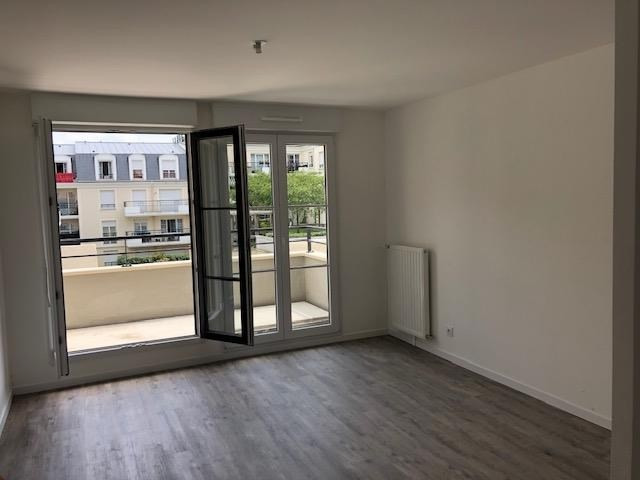 Location appartement Montlhery 840€ CC - Photo 2