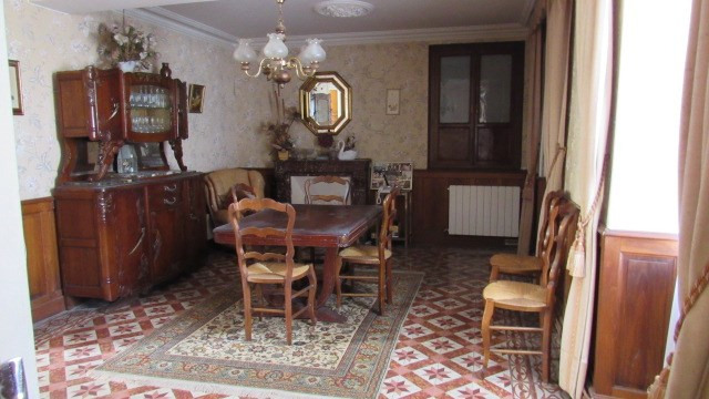 Sale house / villa Loulay 150 520€ - Picture 5