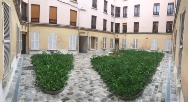 Location appartement Paris 15ème 885€ CC - Photo 9